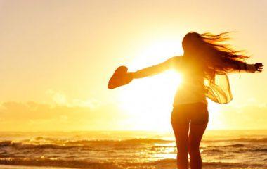 Bên cạnh việc đem lại những lợi ích không thể thiếu trong cuộc sống của con người thì ánh nắng cũng là phần tử có hại mà con người cần đề phòng. Vậy đâu là những mặt lợi, và đâu là những mặt hại của ánh nắng mặt trời mà mọi người cần biết? Ánh […]